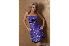 Short summer flower dress in purple